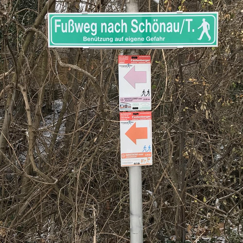 Wegweiser Schönau