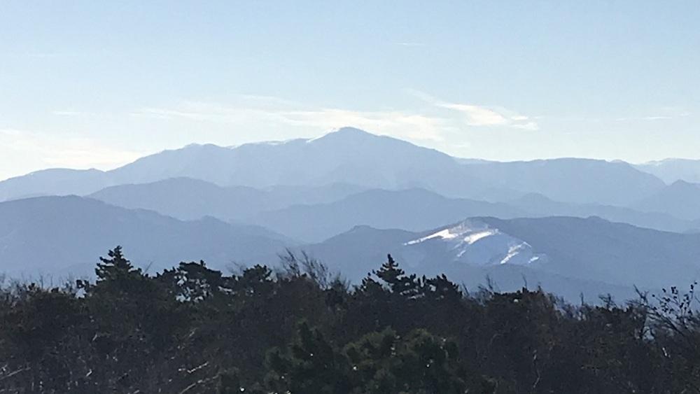 Blick vom Hohen Lindkogel zum Schneeberg