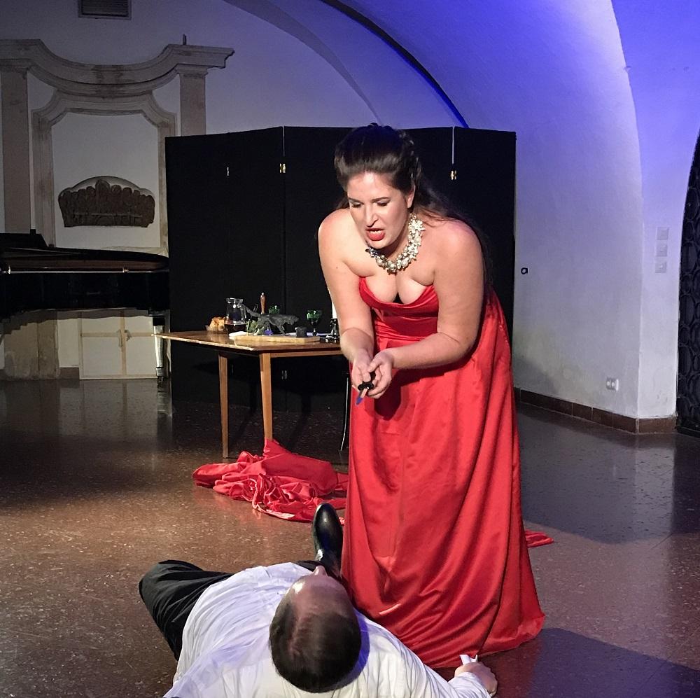 Tosca in der Krypta der Peterskirche, Wien 1