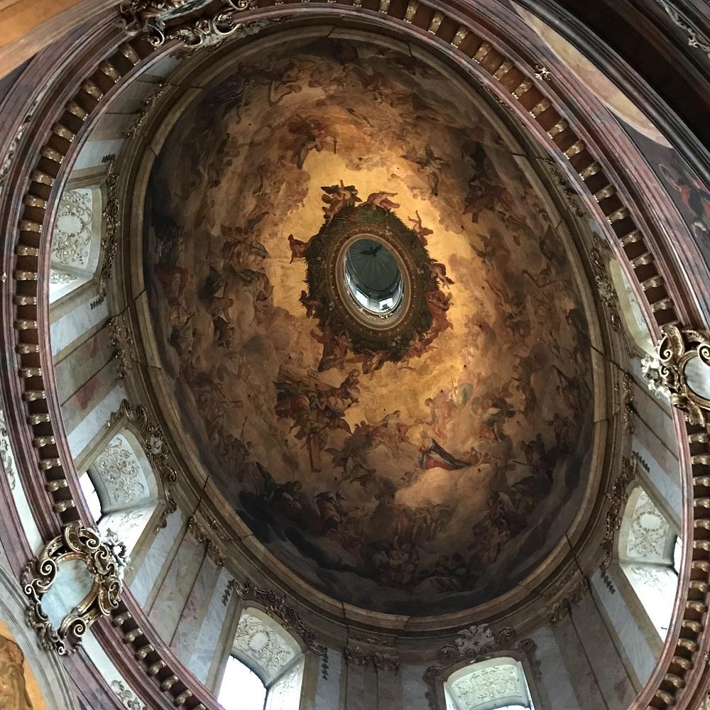 Die Kuppel der Peterskirche