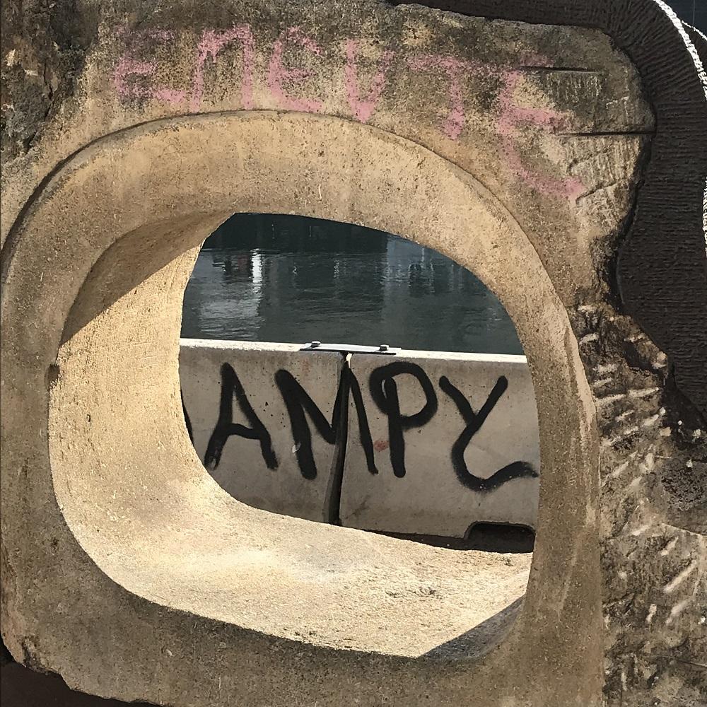 """Kunstmeile """"Agora"""" bei der Schwedenbrücke"""